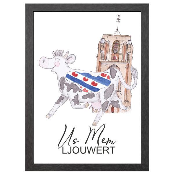 Verfraai je ruimte met deze poster van de friese koe US MEM LJOUWERT in MDF LIJST MET PLEXIGLAS COVER uit de Joyin collectie.